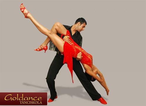 Salsa táncoktatás vagy Társastánc oktatás - 50%-os kupon · maikupon.hu c4c50313b9